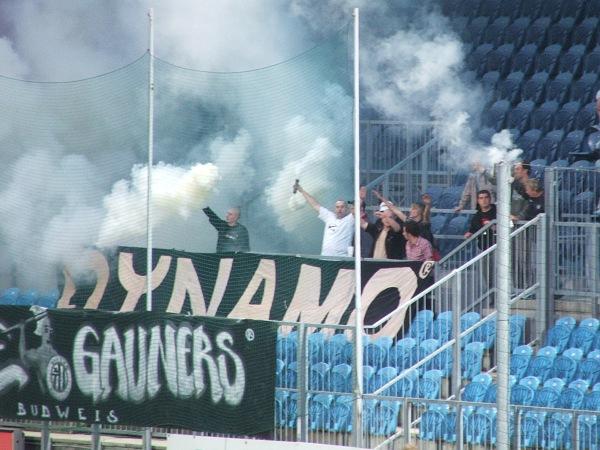 http://www.dynamocb.cz/foto/2006_28_DRN/060519_19.jpg