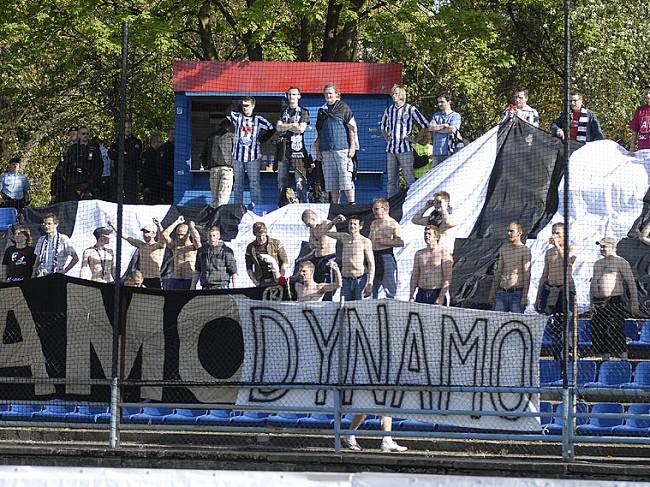 http://www.dynamocb.cz/foto/2007_24_PLZ/070422_01.jpg